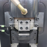 Máquina de perfuração fazendo furos para aço de Barra Chata