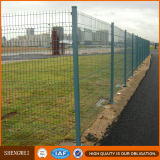 La cerca/el triángulo del acoplamiento de alambre de la fuente de la fábrica dobla la cerca del acoplamiento de alambre