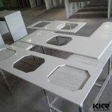 Salle de bains italien de la vanité d'un comptoir de quartz artificielle