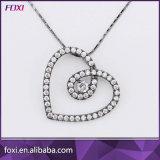Diseño en forma de corazón colgante Collar de Oro CZ para mujeres