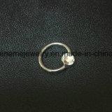 Het Doordringende Titanium dat van het lichaam de Ringen van het Segment doordringt Inged (INR005)