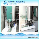 Type linéaire machine de remplissage de petite capacité de l'eau