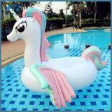休日のパーティのプールの水泳のユニコーンの膨脹可能なプールの浮遊物