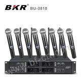 Système de microphone sans fil huit canaux Bu-3818