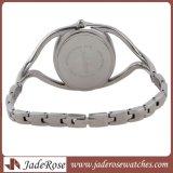 偶然の楕円形の水晶服のブレスレットの腕時計、方法女性水晶腕時計