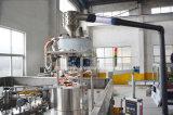 L'animal familier a mis l'usine en bouteille de boissons de gaz
