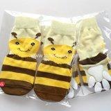 Calcetines grandes 100% del perro de las abejas amarillas lindas de la fuente del animal doméstico del algodón