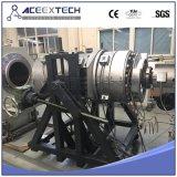 Ligne en plastique de pipe de PE/chaîne de production en plastique d'extrusion de pipe de l'eau/gaz de HDPE