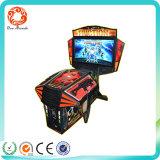 Panyu Arcade duas pessoas a fotografar a máquina Aliens máquina de jogos