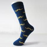 Großverkauf 100% kämmte Baumwollbeiläufige Socken-Mann-Kleid-Socken