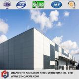 Estructura de acero con diseño moderno edificio de oficinas