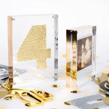 Frame acrílico de cristal da foto do cubo do OEM e do ODM com ímã