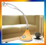 Fábrica de alta clase Venta al por mayor LED lámpara de mesa para leer