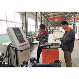 Centro fazendo à máquina vertical do CNC