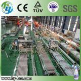 Заполнение водой машину чистой воды производственной линии
