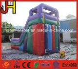 Colorido jogo de slides infláveis para o parque de diversões