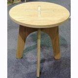 La mobilia di bambù rotonda della casa delle feci batte giù