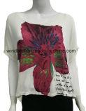 T-shirt frouxo para mulheres com cópia de borracha