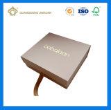 Rectángulo de regalo de papel de oro impreso ULTRAVIOLETA de la cartulina de la alta calidad con la insignia del oro (fábrica de China)