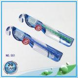 ヤンチョウの舌の洗剤およびマッサージャーの大人の歯ブラシ