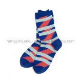 Популярно для рынка ягнит уютные пушистые носки дома экипажа