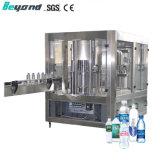 Entièrement automatique de l'eau liquide minéral bouteille Pet Lavage machine d'embouteillage de plafonnement de remplissage