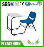 学生(SF-98S)のためにセットされる小学校の単一の机