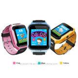 カメラおよび懐中電燈D26Cが付いている腕時計を追跡している子供GPS
