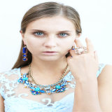 Nuevo diseño de tono azul Bisutería Juego de Collar pendiente del anillo de pulsera