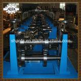 機械を形作る自動C/Zの母屋ロール