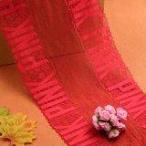 Lacet rouge pour la robe