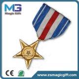 Medaglia calda dell'esercito della stella del metallo del seno di vendite con il breve nastro