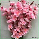 Fiore di seta della pesca di colore rosa di falsificazione dei fiori artificiali per i grossisti domestici della decorazione di cerimonia nuziale