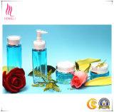 La bottiglia di vetro operata ha impostato per l'imballaggio cosmetico di marca