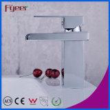 Fyeer Chrom-Kurzschluss-Lichtbogen-rechteckige Tülle-einzelner Griff-Wasserfall-Badezimmer-Wäsche-Bassin-Hahn-Wasser-Mischer-Hahn
