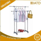 Metall und hölzerne Kleidung-Bildschirmanzeige-Zahnstange und Regal