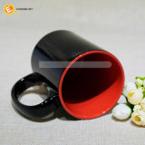 Taza de cerámica de encargo barata promocional con la impresión de la insignia de la cuchara