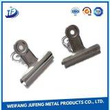Plaque de zinc de fabrication de feuille d'OEM estampant le trombone en métal pour des pièces d'auto de véhicule