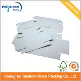Подгонянная коробка Kraft бумаги почты Corrugated (QYZ079)