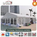 Customedはアルミニウムフレームに販売のための白い結婚式のテントをした