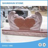 Doppio Headstone di figura del cuore con il vaso di fiore