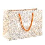 I sacchetti del regalo di acquisto hanno personalizzato i sacchi di carta riciclati marchio di stampa di colore