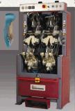 2 системы охлаждения двигателя и 2 станции формовочная машина