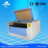 Corte de madera del grabado del laser del acrílico que talla la máquina