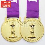 Изготовленный на заказ античное медаль спорта тенниса отделкой с золотом покрыло