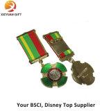 Qualitäts-kupferner Armee Lepal Pin mit Blume