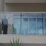 新しいデザインステンレス鋼ガラスクランププールの塀