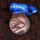 ODM/OEMは締縄が付いているメダルによって刻まれたロゴメダルをカスタマイズした