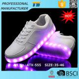 Новейшие светодиодные лампы обувь Sneaker Pimps батареи освещения для взрослых обувь LED обувь