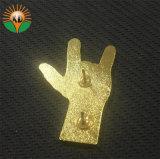 Metel는 수교한다 금 도금 (A2-83)를 가진 사기질 접어젖힌 옷깃 Pin를